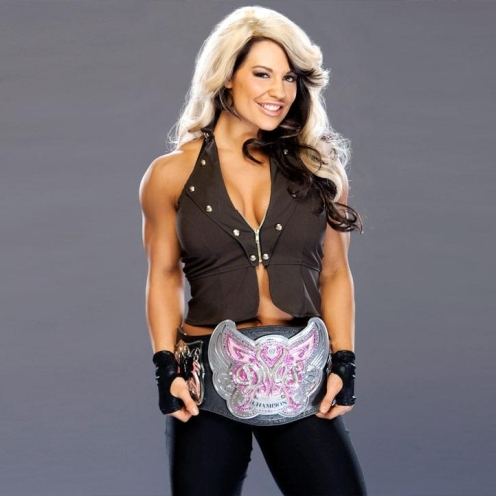 Kaitlyn as Diva's Champion