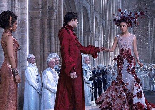 Jupiter Jones' wedding dress